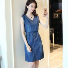韓版無袖V領中長款A字牛仔裙牛仔連衣裙(藍色) J-13727